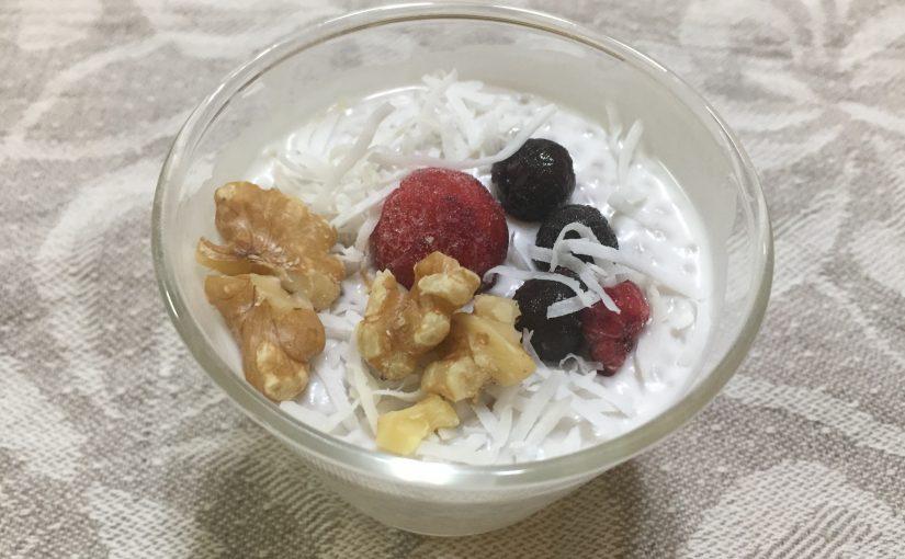 ココナッツミルクのチアシードプリン♪〜2